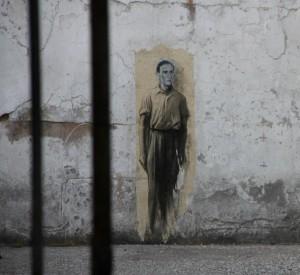 Prisons saint Paul, Prisons (2014), Ernest Pignon-Ernest (2014), photographie de Tonio Libero, via http://bonjour-lyon.fr.