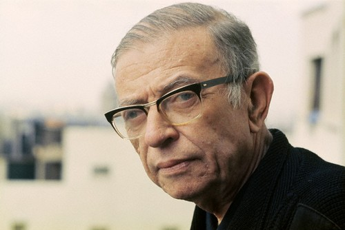 Strabisme. Jean-Paul Sartre, 1970 (crédits : Jorge Alberto, via Flickr)