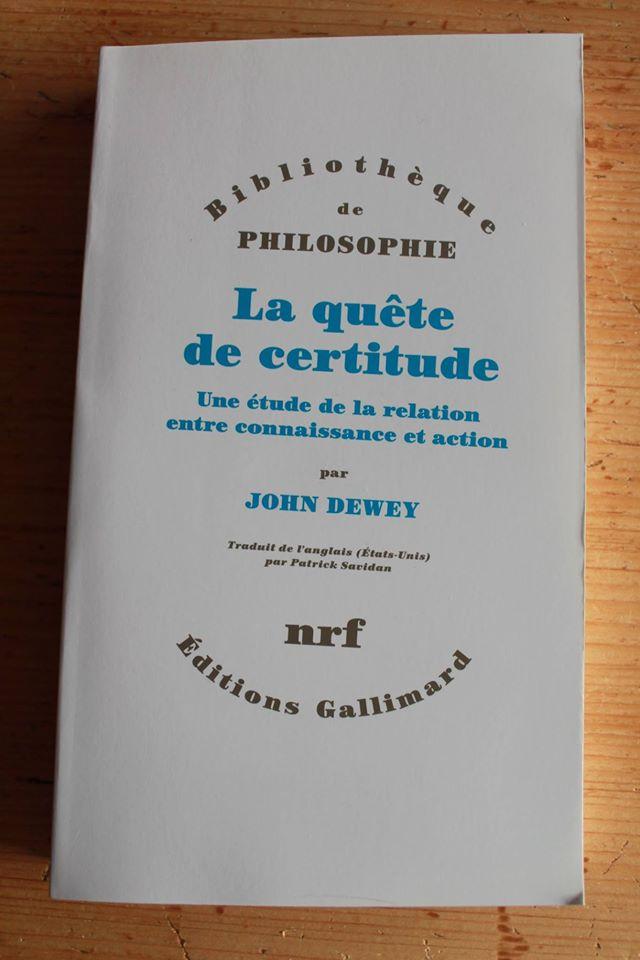 La quête de rectitude, ft. (encore) les Éditions Gallimard (crédits : Jérôme Lamy)