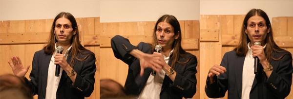 Conférence d'Aurélien Barrau à Guibeville, en 2009 (source : http://astrobreuillet.free.fr/autre.php?id=60)